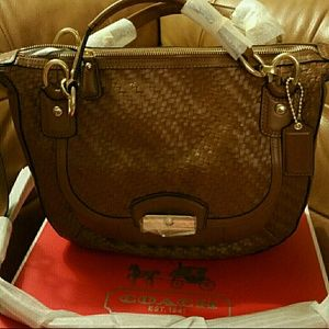 COACH BASKET WEAVE/SMOOTH LEATHER BAG NWT
